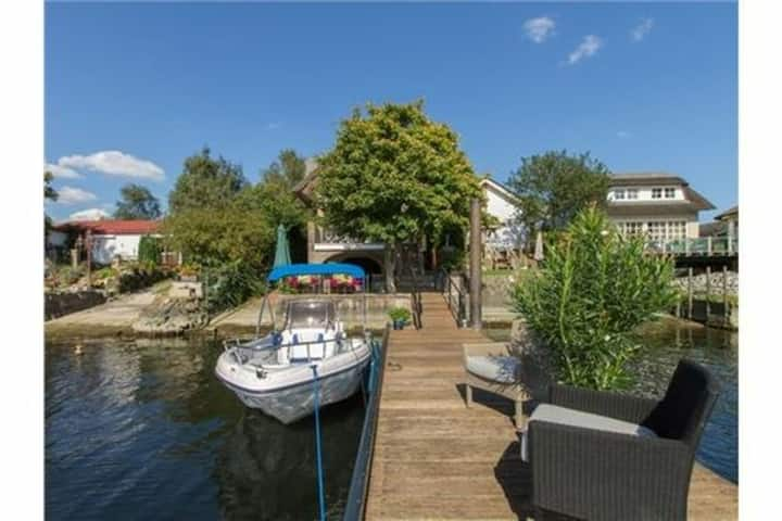 Waterfront Holiday Home in Veen with Terrace