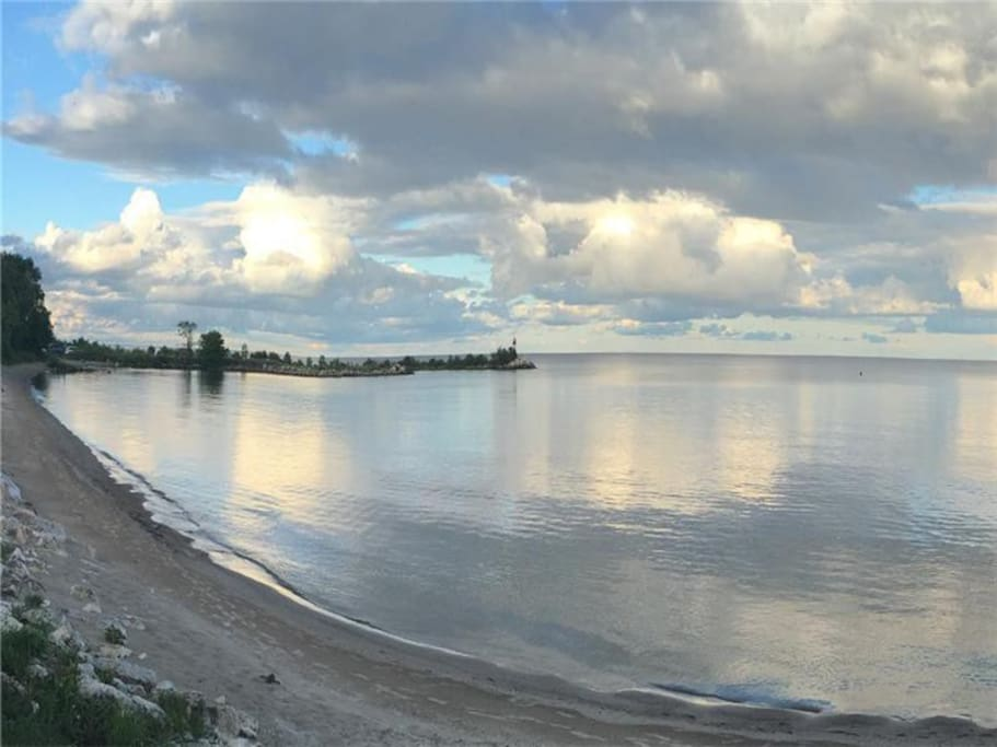 View of Lake Winnipeg on the public beach just steps from the lodge