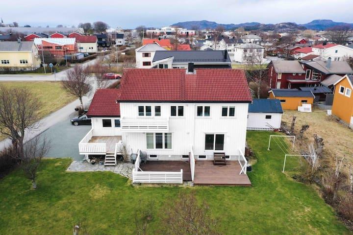 Top modern house in city center, Brekstad, Ørland