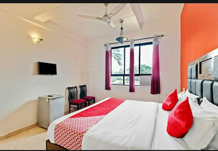 Deluxe room (with swimming pool )