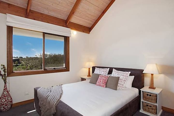 The Dunes Luxury Beach House - Blairgowrie - Apartment
