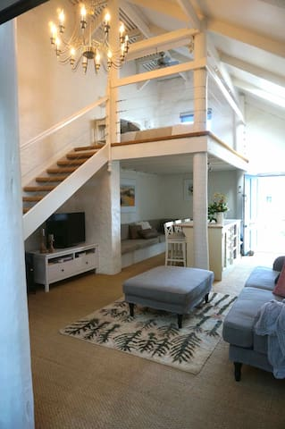 Alchemy, boutique accommodation ll - Goolwa - House