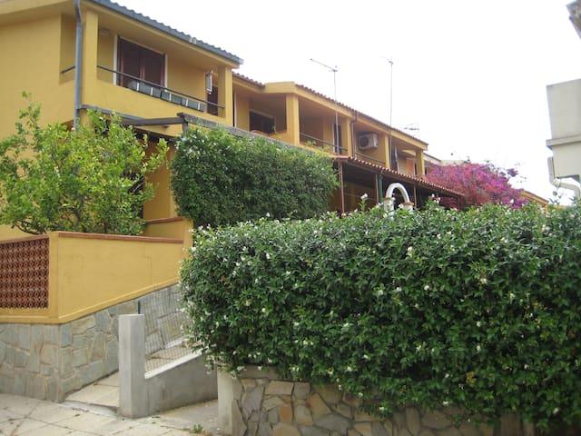 Casa vacanze Villasimius - Villasimius - Appartement