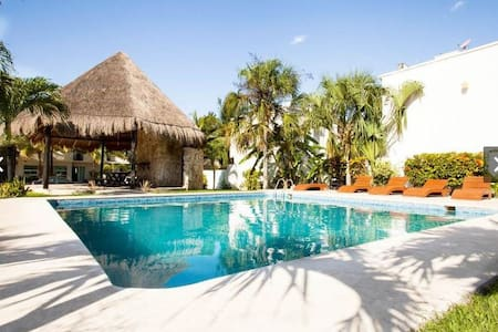 Brand New House w/pool 7 min. beach - Playa del Carmen