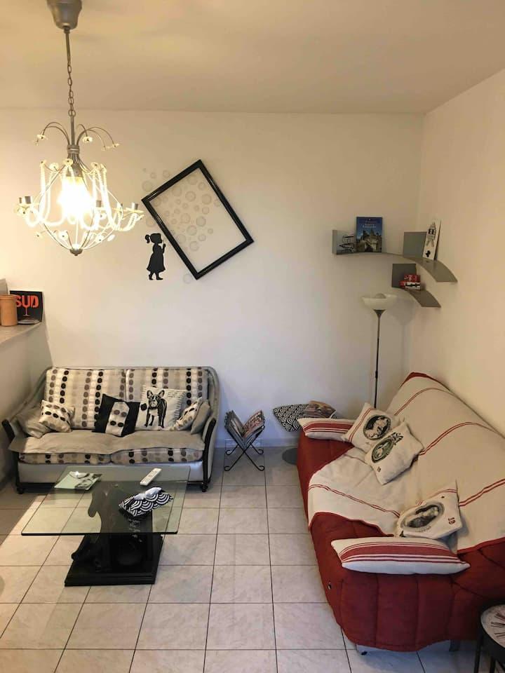 PANDORE MARIE JO   charmant appartement 52 m2