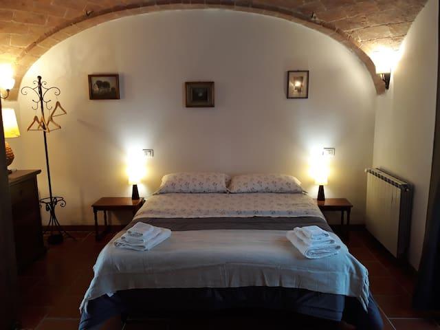 Camera Mimosa tra Siena e Pienza