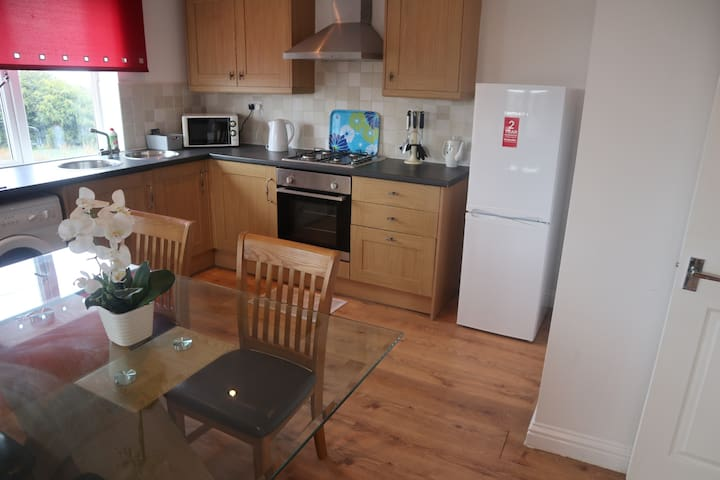 Flat 4 Denecroft Apartment