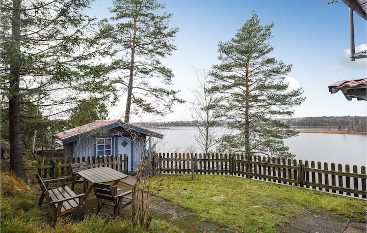 Nice home in Åmål with Sauna and 3 Bedrooms