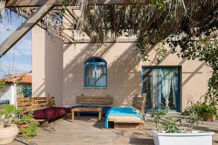 ASHRAM HOUSE MAOR - SHANTI  ROOM - Maor - Domek gościnny