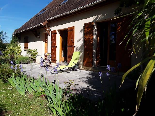 Chambre individuelle ds appartement 60km sud Paris