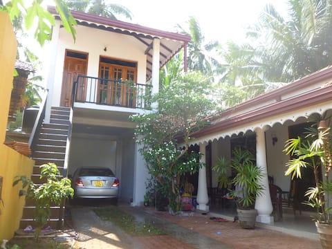 Negombo Bay Breeze House. AC room