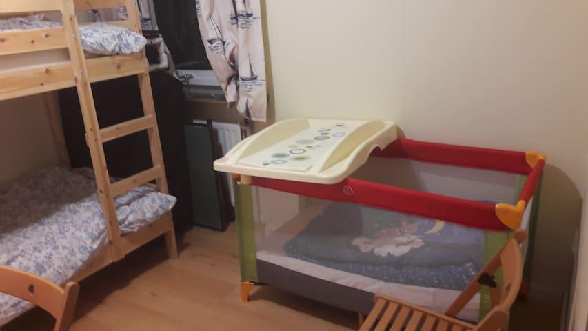 Chambre bateau:  lit superposé et lit enfant