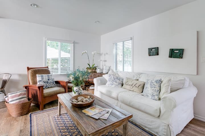 Beautiful cottage in Culver City - Culver City - Casa