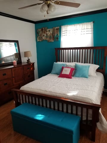 Comfortable queen bed. Brand new memory foam mattress.