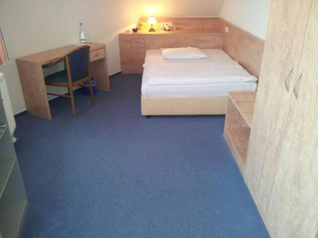 Ober´s Landgasthof, (Ittlingen), Einzelzimmer