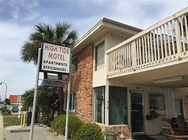 High Tide motel 208