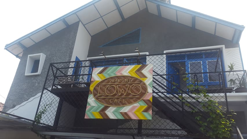 Lowo Bed&Breakfast - Semarang - Oda + Kahvaltı
