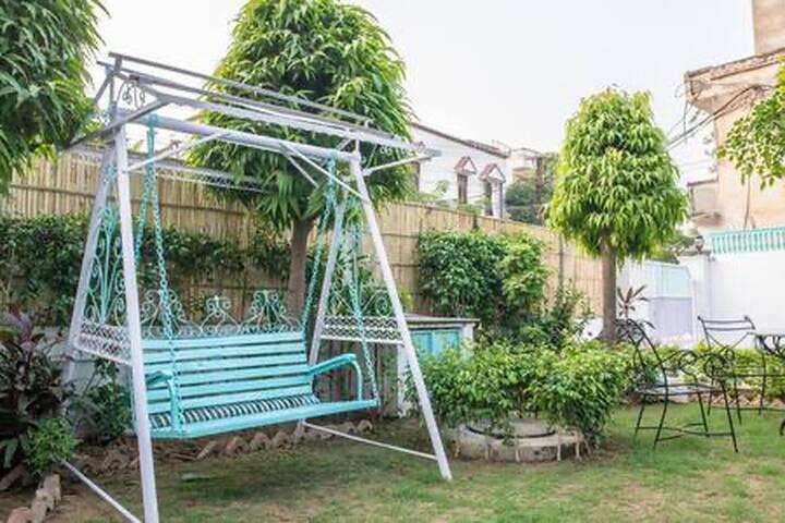 Beautiful Garden Home in Jaipur