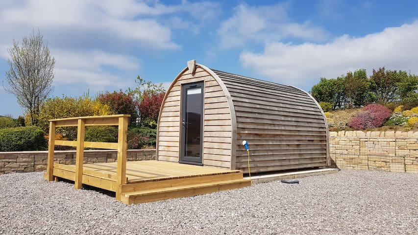 *Romantic* Luxury Glamping Pod *PETS Allowed*