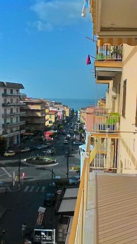 Casa Vacanza 6 posti letto - Ercolano - อพาร์ทเมนท์