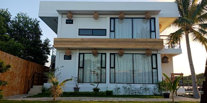 Villa Ranoh Island (1st Floor Seaview)