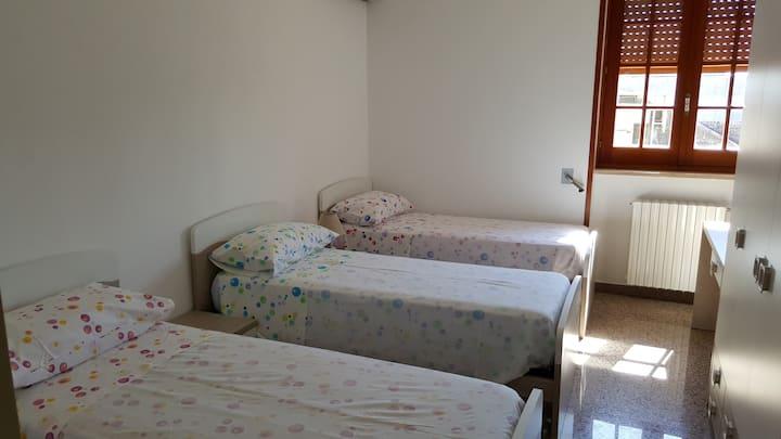 Accogliente stanza tripla, ideale per relax
