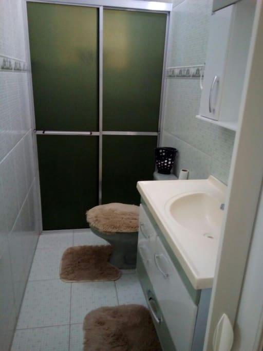 banheiro ,parte de de baixo