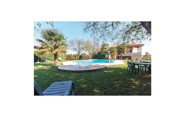 Holiday apartment in Valtura with pool
