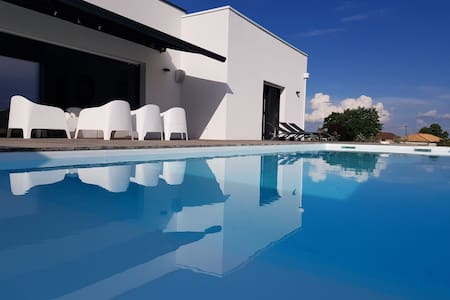 Villa  haut de gamme avec vue panoramique