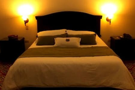 HABITACION TWIN O SUPERIOR - Bed & Breakfast