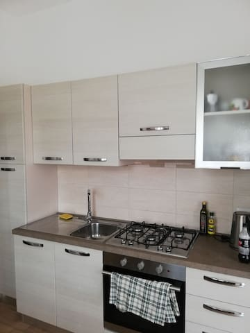 4 rooms apartment, 5 min from lake and center