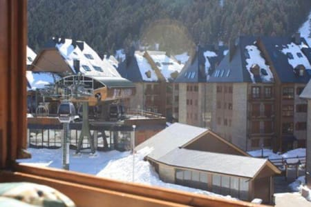 Apartment in Baqueira with views