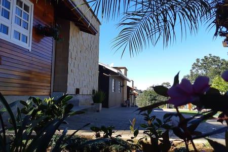 Residencial Dei Fiori - acomodação até 7 hóspedes