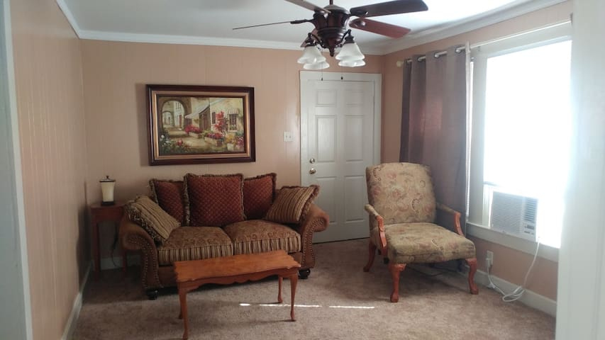 Furnished 2nd floor apartment in quiet, safe area