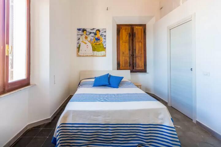 La Siesta B&B- Habitación Frida - La Maddalena - Bed & Breakfast