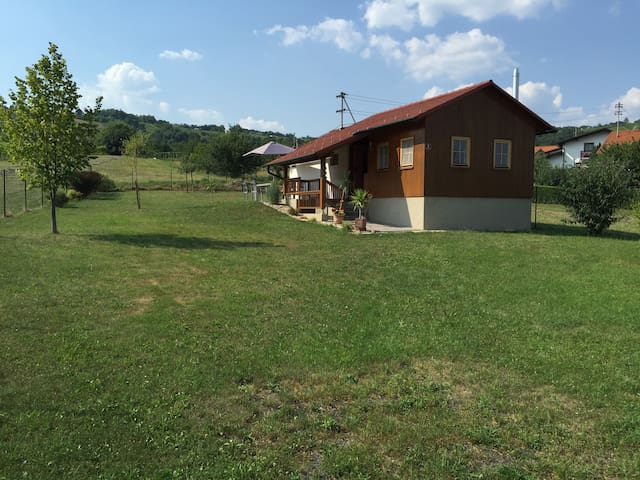 Comfy Cottage in the vinyards, dogs welcome - Eisenberg an der Pinka - House