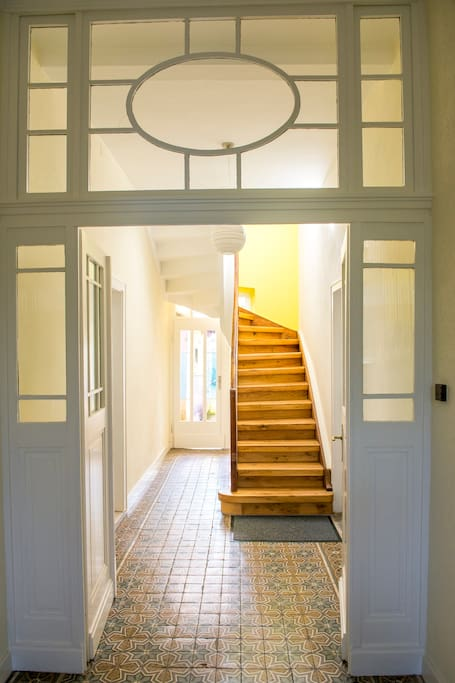 Der einladende Aufgang zu Ihrer Wohnung