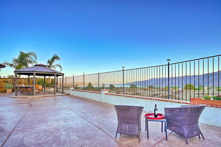 NEW! Lake Elsinore Townhome w/ Mtn. Views & Grill!
