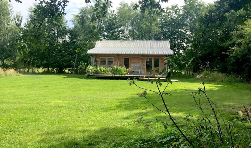 Hales barn Cabin, Bucknell, Shropshire
