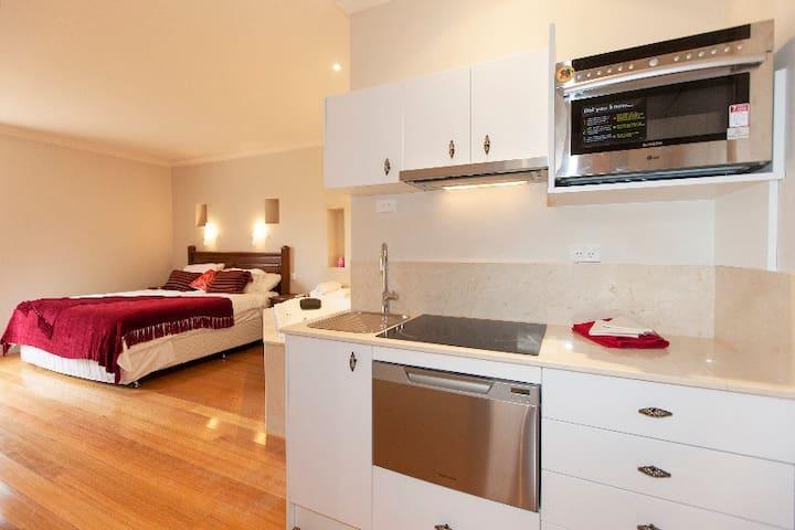 Aurora manor spa suite
