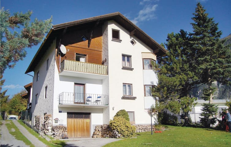 Holiday apartment with 2 bedrooms on 85 m² in Imst