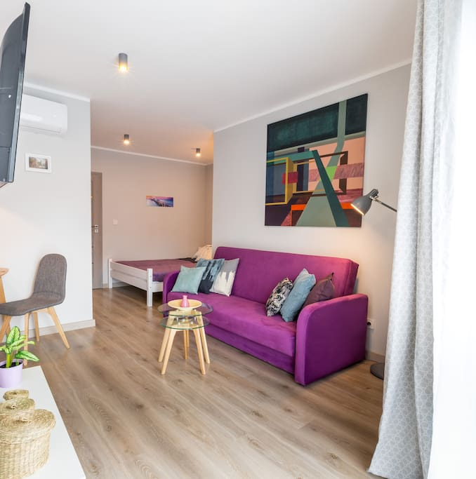 Living Room - Walking Distance to Main Square, Free WIFI INTERNET and 24h checkin, Safe neighborhood and security 24/7