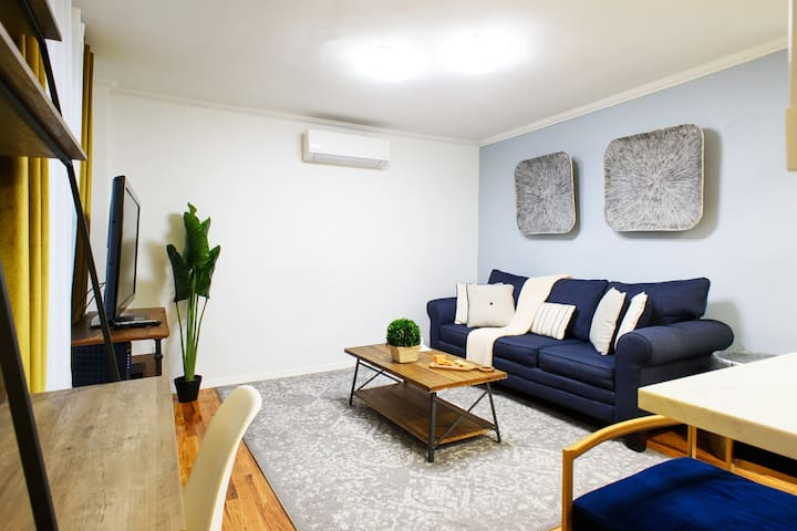 New 1Br~Gramercy~W/D in unit~outdoor space.