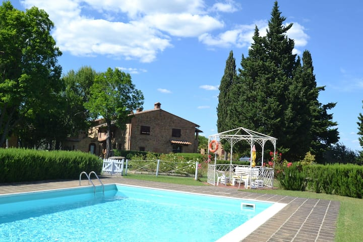 Peaceful Apartment with Pool in Montaione Italy