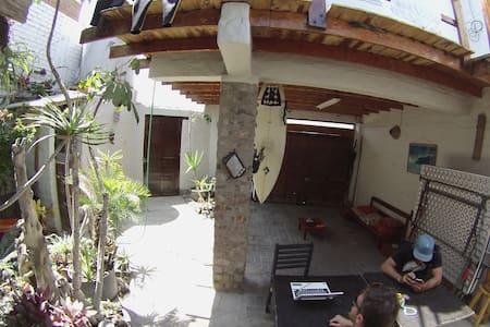 Señoritas Surfcamp, Room #1 Sea View! - punta hermosa
