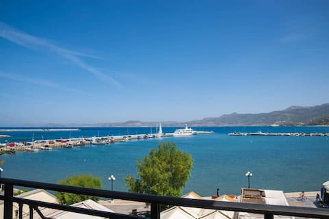 Sitia old port apartment - 3min walk to beach - AC - WIFI