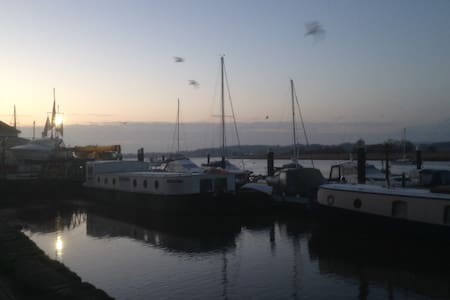River views, nautical themed apt. - Topsham - Daire