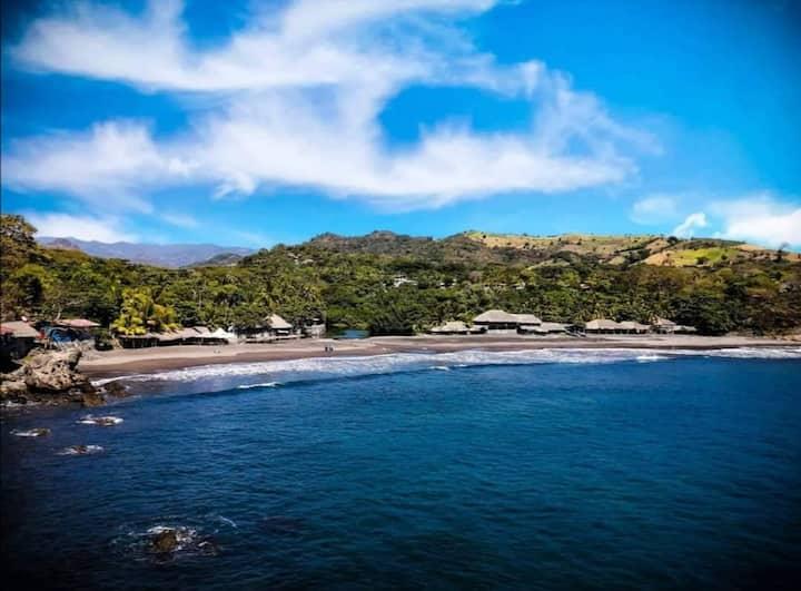 Hostal Marbella SV. Surf, Naturaleza y Aventura