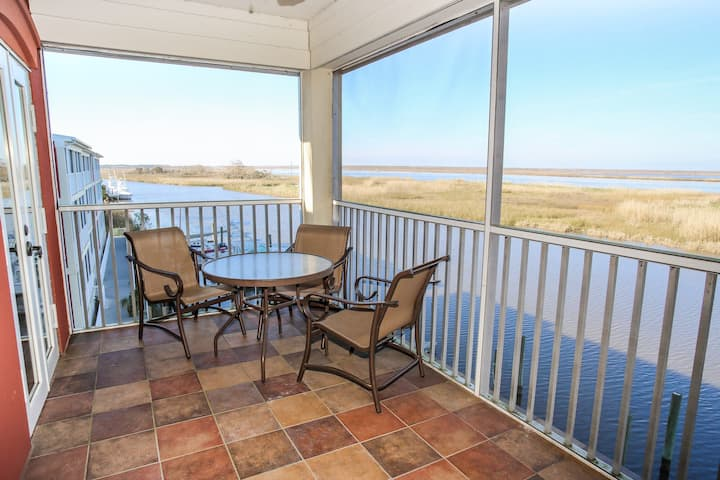 Charming Waterfront Condo w/ Boat Slip Available!