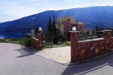 A sunny Maisonet 3b/r  Jacuzzi- spa - Zola - Villa